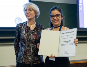 Coral Salvador receiving the award certificate at EMS2018 from Tanja Cegnar.