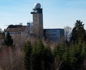 Excursion to meteorological mountain observatory Hohenpeissenberg (photo credit M. Schnee)