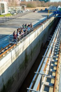 NVBM mmebers visiting the Delta Flume (photo credit: Sofia Caires from Deltares)