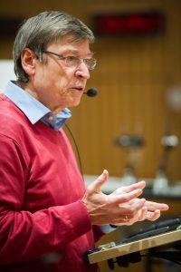 Clemens Simmer at Children's University (photo: Volker Lannert/ Uni Bonn)
